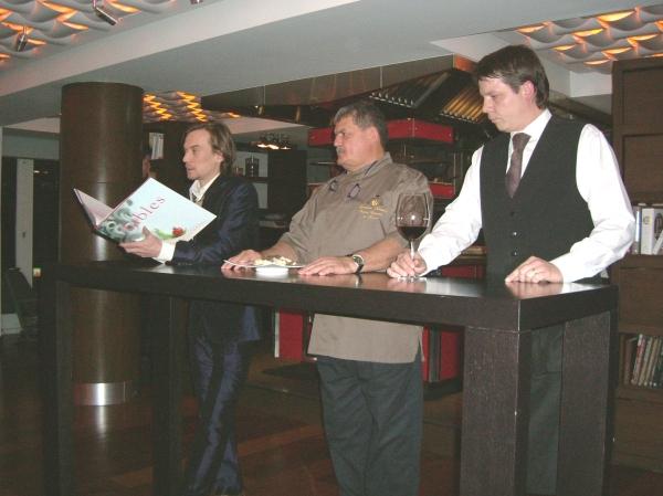chefs_reading